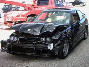 ¿Qué tengo que hacer en caso de accidente de coche?